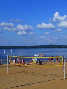 Plaża gminna z kąpieliskiem strzeżonym, Kruklanki